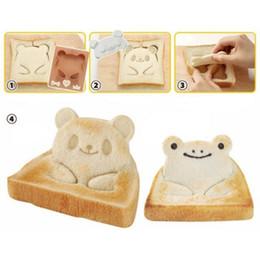 Wholesale wholesale sandwich cutters - 1 SET Durable Panda Frog Toast Sandwich Mold Bread Cutter Bento Diy Maker Shaper Set Cake Mold Baking Tool