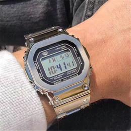 NEUE Heiße Verkaufende Männer Stahlgürtel Armbanduhr Stoßfest Led-anzeige Sport Studentenuhr Multifunktions Quadrat Zifferblatt Silberarmband Uhren von Fabrikanten