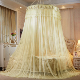 Tipos de encaje rojo online-Piso de encaje clásico tipo mosquitera aumento en la altura de la bóveda techo suspendido lechón cama cortina decoración de la casa color 52ry ww
