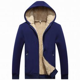 sherpa jacken Rabatt Tasche Männer Fleece Jacke Hoodie Reißverschluss Sherpa Gefüttertes Sweatshirt Mode Warme Winter Männer Kleidung Oberbekleidung Plus Asiatische Größe L XL XXL 3XL 4XL
