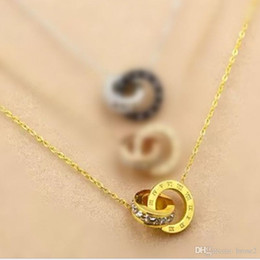 Wholesale Double Rope Necklace - Korean version of the double ring fashion diamond pendant titanium steel rose gold diamond necklace stainless steel necklace manufacturers w