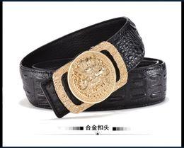 7d4c587bc7d2 La mode des hommes de créateur de mode boucle de ceinture de luxe marque de  cuir de crocodile mode masculine coréenne