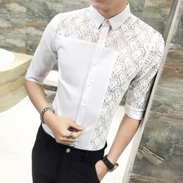 2004e124303ae5 Top Qualität Camisa Masculina Koreanische Sexy Spitze Patchwork Shirt  Männer 2018 Heißer Verkauf Halbe Hülse Hohl Casual Dress Shirts 3XL-M Hot