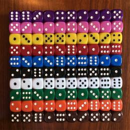 Веселые классические игры онлайн-Филе цвет партии акриловые кости игрушки части классический шесть сторонняя пятно весело настольная игра желтый красный 0 25hj Ww