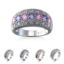 Argentina Fiesta de cumpleaños caliente del anillo de diamante del platino para los hombres y las mujeres Moda 4 colores de los anillos de la piedra preciosa del cobre del zirconio Suministro