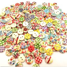 Wholesale Free Sewing Pattern - 15mm Mixed Round Pattern 2 Holes Wood Buttons Sewing Scrapbooking Hot Sales Brand New Good Quality Free Shipping
