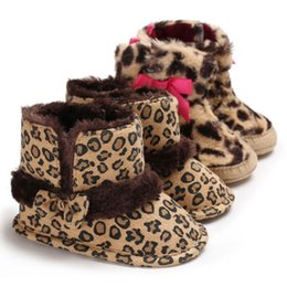 31cef8bf6ed76 0-18 meses Baby Girl Boy Warm snow Boots estampado de leopardo arco Infant  Toddler Recién nacido zapatos lindos Snow Slippers zapatos lindos del  leopardo ...