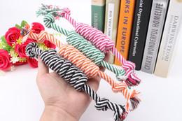 frisbee di plastica animale domestico Sconti Più nuovo cane corda Fun Pet masticazione del nodo Toy Cotton Stripe Rope Dog Toy durevole di alta qualità Accessori per cani Drop Shipping
