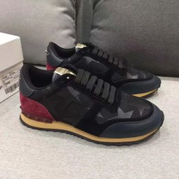 Wholesale Tie Shoes Style - New style fabric and leather camouflage shoes, this elegant tie will make free delivery of the plains sneakers nisex size 36-39,39-44 Black