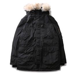 Giacca da uomo con cappuccio verde online-2017 inverno piumino bianco piumino da uomo parka giacche in pelliccia verde militare casual caldo addensare uomini cappotti plus size 1778