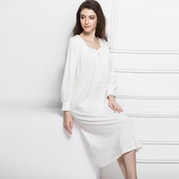70ec054b9 Alta calidad 2017 algodón Retro maternidad vestido ropa de dormir mujeres  embarazadas pijamas de encaje Crochet camisón ropa de manga larga CE725