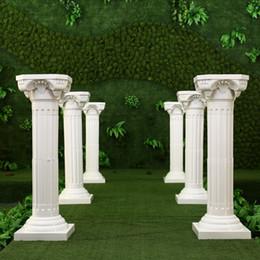 Columnas de suministros de boda online-Estilo exclusivo Columnas romanas Color blanco Pilares de plástico Carretera citada Accesorios de boda Suministros de decoración de eventos