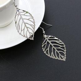 2019 lampwork murano vetro perline animali New Gold Silver 1 Paia Orecchini economici Orecchini a bottone in metallo Orecchini a forma di foglie femminili Orecchini a forma di orecchini Accessori