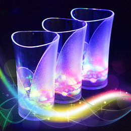 Wholesale light up cups wholesale - 370ml Lighting up with water cups LED mugs wineglass Water induction led flash cup vase Acrylic wine led cup for party