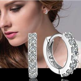 2019 brincos de coração de ouro branco huggie 925 sterling silver diamond hoop brincos bonito Mulheres de casamento / noivado Ear Studs Rodada Brincos de 30 pares
