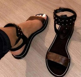 Wholesale black strike - Newest Luxury Brand Women Print Leather Sandal Striking Gladiator Style Designer Leather Outsole Perfect Flat Canvas Plain Sandal Size35-42