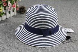 sombreros de paja de primavera Rebajas 2016 versión coreana de la nueva  primavera y verano rayado 7a4e2d7754d