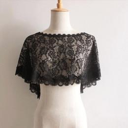 Chaqueta de encaje mujer online-Bateau Cuello Bolero Boho Apliques de encaje Mujeres Cape Chal chal chaquetas nupcial Wrap accesorios de la boda CPA1279