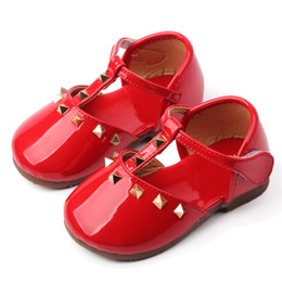 Wholesale Baby Girl Shoes Pair - New Children's Brands Shoes Girl's Spring Casual Shoe Baby girls Summer Flattie Child fashion PU leather shoes 5 Pairs Red Black A8330