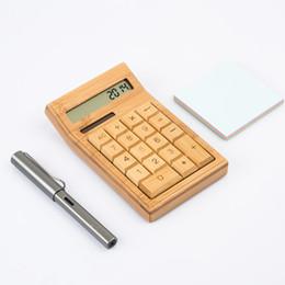 2019 moda financeira Bambu Calculadora Solar De Madeira Mini Calculadoras Automaticamente Powers Off Natural Artesanato Calculadora Atacado