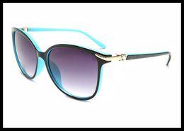 Wholesale super promotions - The new sunglasses super light fashion women's 100 classic sunglasses wholesale manufacturers promotion.