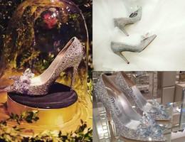 марлевые пятки Скидка Crystal Start Стиль туфли на каблуках со свадебной марлей Белая Золушка Вода Алмаз Одинокая Невеста Новый 2018