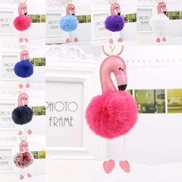 Rosa kaninchen pelz tasche online-2018 niedlichen rosa bunten flauschigen Pompon Flamingo Schlüsselbund Frauen Faux Rabbit Fur Ball Pompon Schlüsselanhänger Autotasche Pom Pom Key Rey Ring 340007