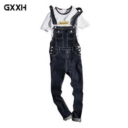 c1dbae9434 Nuevo 2018 Moda Vintage Diseño Pocket Jeans Denim Overol Men Casual Wash  Skinny Bib Overol Jeans Hombre Blue Jumpsuit Jean económico hombres de  overoles de ...