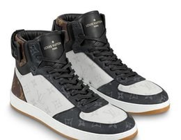 Boucle robe chaussures pour hommes en Ligne-Hommes Rivoli Sneaker Boot 1A44VV Courir BOTTES MOULEURS CONDUCTEURS BUCKLES SNEAKERS SANDALS Chaussures Habillées