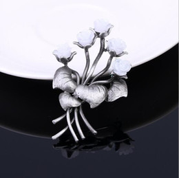 Koreanischer Stil Retro Palast Blumen Handmade Brosche Brosche Brosche Frauen High-End-Pin-Hersteller Direktverkauf Schmuck von Fabrikanten