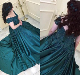 large lighted picture Promo Codes - 2019 Temperament Large size Prom Dresses Stunning Lace Flowers Beaded V-neck Ball Gowns Satin Mopping Long Section Party Dresses