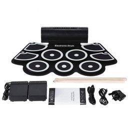 Portátil Eletrônico Roll Up Drum Pad Set 9 Almofadas De Silicone Alto-falantes Embutidos com Baquetas Pedais USB 3.5mm Cabo De Áudio de