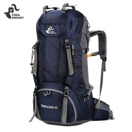 Zainetti liberi del cavaliere online-Zaino in spalla zaino da campeggio outdoor zaino 50L / 60L zaino da trekking in nylon borsa sportiva per arrampicata in viaggio con parapioggia