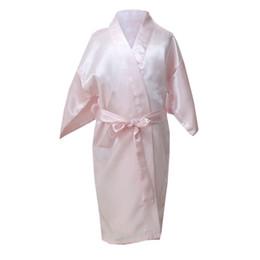 Robes de kimono en soie enfants en Ligne-Enfants Fille Robe Satin Enfants D'été Kimono Robes de Bain Robe de Demoiselle D'honneur Soie Enfant Peignoir Robe de Nuit Solide Robe