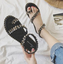Bohemian sandals female summer 2018 hot sale new chic diamond beaded wild flat retro Roman beach shoes