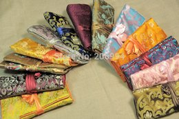 Wholesale silk chinese jewelry roll pouch - Wholesale chinese wind silk brocade travel roll bag embroidery jewelry bag fashion gift new 3pc lot