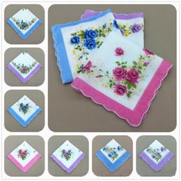 фиолетовые свадебные платья Скидка 28 * 28 см печатных женщина хлопок платок полумесяц сторона цветочные носовые платки ремесло старинные платок цветочные свадьба пользу AAA875