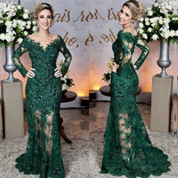 Moda verde esmeralda vestido on-line-Glamorous Emerald Green Evening Dresses Moda Lace Applique manga comprida sereia Prom Dress Custom Made ver através de tule longo vestido de noite
