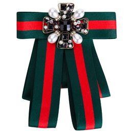 Argentina Rhinestone de lujo Broche de pajarita de la vendimia - Womens Mens Ribbon Bow Broches novio Wedding Decoration Suit Accesorios Suministro