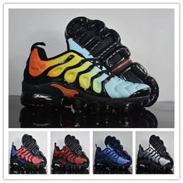 Wholesale Silver Bowtie - Vapormax Plus TN Running Shoes Sneakers Metallic White Silver Colorways For Male Shoe Triple Black Sport Shoes 27 colorways