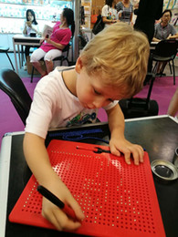 Esferas imán online-Tablero de dibujo Magnetpad 31 X 23 Perlas de celosía y Stylus 713 Esferas magnéticas Almohadilla magnética Regalos Juguetes Regalo de cumpleaños para niños