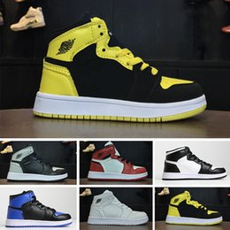 sports shoes 03dc1 cef66 Nike air jordan 1 retro PreSchool Conjointement Signé Haute OG 1 1s Jeunes  Enfants Chaussures De Basketball Chicago Nouveau Né Bébé Infant Toddler ...