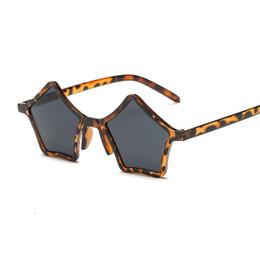Óculos de pentagrama on-line-2018 novo estilo pentagrama único óculos de sol das mulheres do vintage vermelho preto leopardo estrela de plástico óculos de sol eyewear uv400