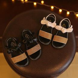 50657a7303 sapatas chinesas da menina Desconto Designer de Verão Sapatos Meninas  Sandálias de Qualidade Chinesa Sapatilhas Menina