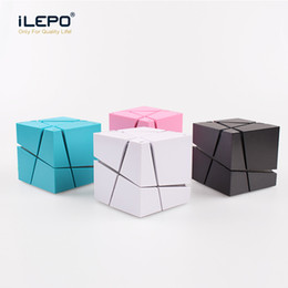 mini speaker box Coupons - New Qone Mini Cube Speakers 3D Stereo Sound Portable Bluetooth Speaker Wireless Music Box Support TF Card With Retail Box Better Charge 3