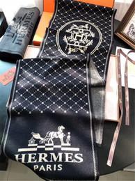 2019 envoltórios de lenços de botão High-end marca cashmere cachecol clássico moda masculina de outono e inverno cachecol quente especificação: 180 * 30 cm No box cachecol