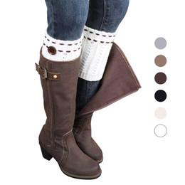 Botas gruesas de invierno online-Cubierta de punto de la pierna Calentadores de la pierna Calcetines de las mujeres de invierno Punto de la pierna del calentador de ganchillo Cubiertas de la bota con la bola de las mujeres gruesas puños