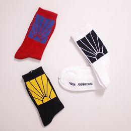 2018 17AW жаккардовый флаг спортивные чулки PACCBET носки Солнце Рассвет Сумерки свет овальные линии мужчины новая мода Гоша Рубчинский носок от