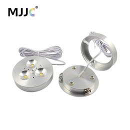 2019 lampadine del marchio di controllo LED Puck Light 12V DC Calda naturale fredda bianco LED Incasso Illuminazione per gli armadi da cucina sotto casa Mobili armadio