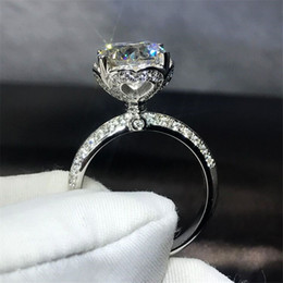 Wholesale new indian cute girls - Sparkling Cute Band Ring For Girls New Arrival Luxury Jewelry Real 100% 925 Sterling Silvber Round Shape Topaz CZ Diamond Women Crown Ring